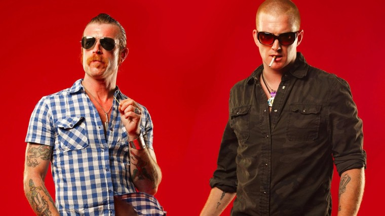 rsz_--------------eagles-of-death-metal--------jesse-hughes-josh-homme-lunette-------_3840x2160-Cropped